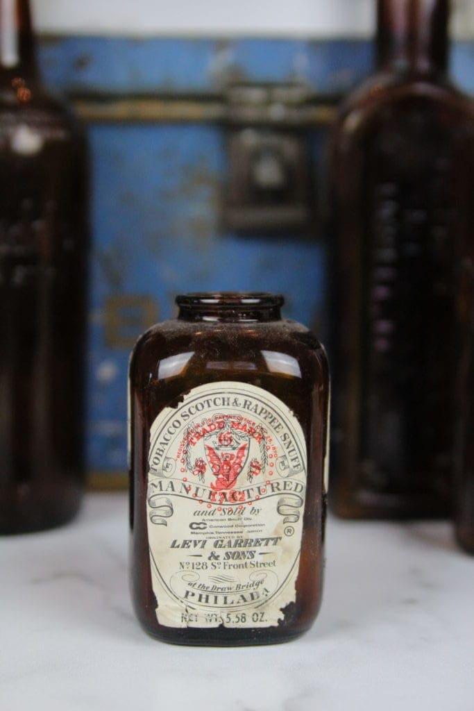 tobacco jar or bottle