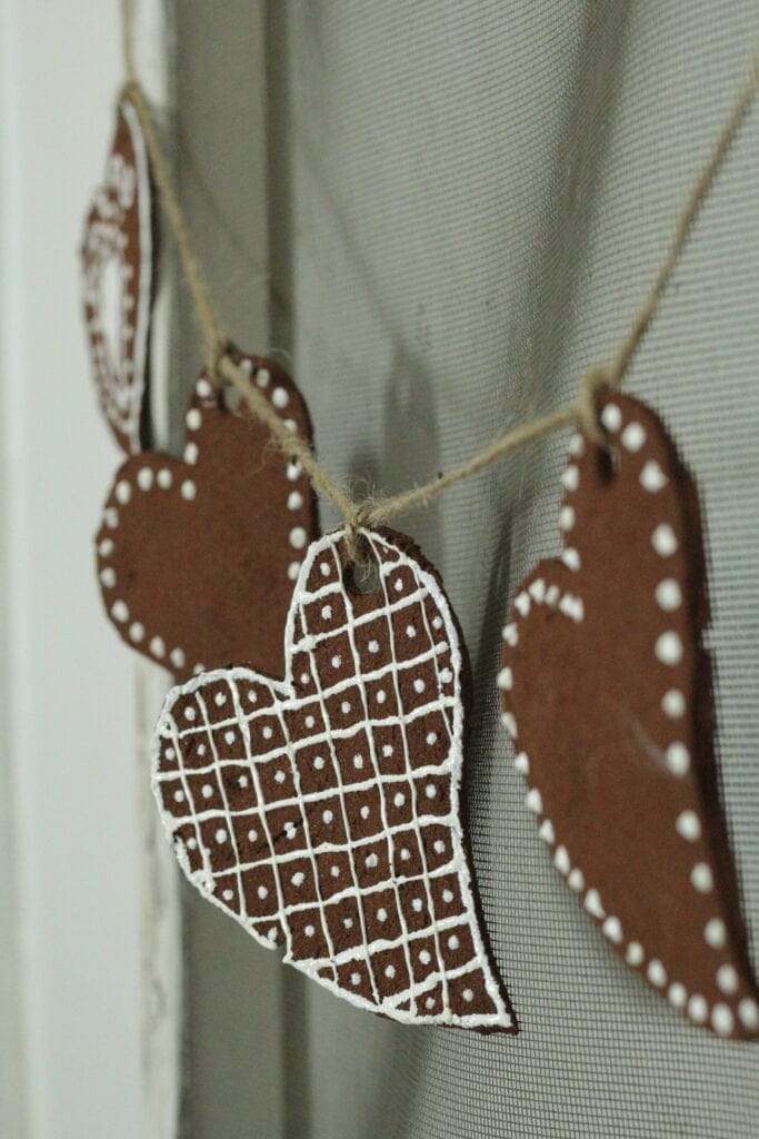 a hanging Valentine bunting