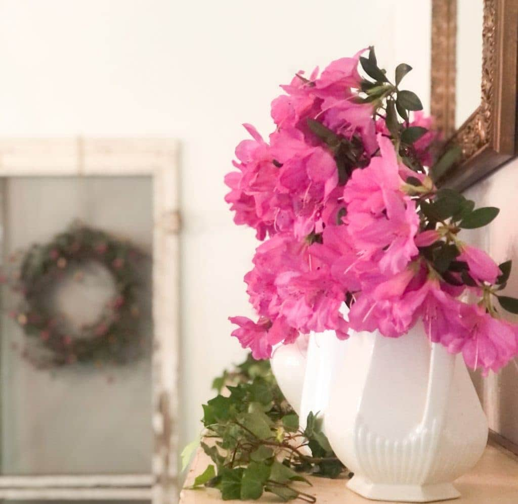 Fresh Flowers farmhouse decor